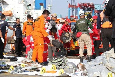 У Яванському морі знайшли фюзеляж літака, який розбився