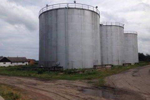 ДФС вилучила під час обшуків на спиртзаводах 1416 тонн алкоголю на 360 млн гривень