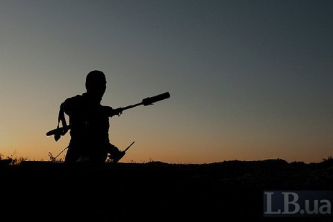 Один український військовий загинув на Донбасі вчора