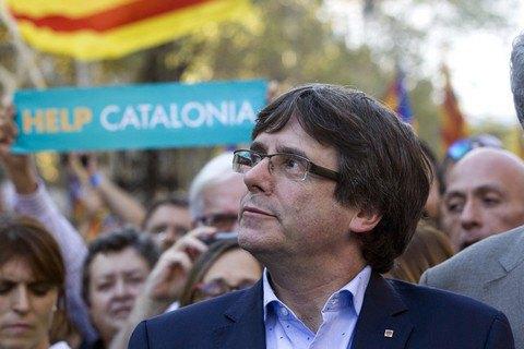 Верховный суд Испании выдал ордер на арест Пучдемона