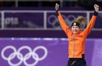 Голландская конькобежка Виссер - чемпионка зимних Олимпийских игр на дистанции 5 000 м