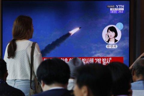 Северная Корея снова осуществила пуск двух ракет