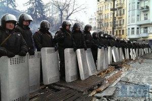 Внутрішні війська запевняють, що мають право стріляти і без нового закону