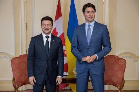 Зеленский обсудил с премьером Канады либерализацию визового режима для граждан Украины