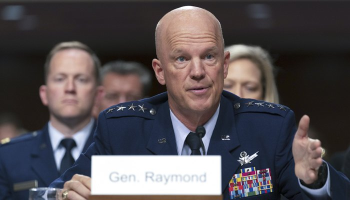 Командующий Космическими Силами США генерал Джон Рэймонд