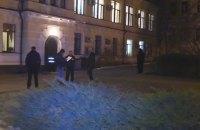 Грабители вынесли из университета Гринченко коллекцию монет и талоны на топливо