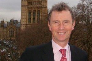Вице-спикера британского парламента задержали по подозрению в изнасиловании