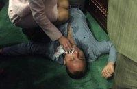 Депутату Киевоблсовета выбили зуб на сессии