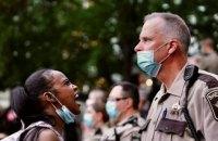 Массовые протесты в США. Смерть афроамериканца в Миннеаполисе, сожжённый полицейский участок, война Трампа и Twitter