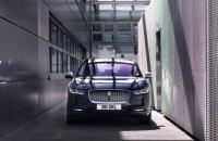 Jaguar I-PACE: Аристократичний спорткар, а не «гаджет для розетки»