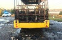 Пассажирский автобус загорелся на ходу в Харьковской области