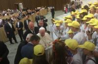 """Климкин вручил Папе Римскому """"Книгу добра"""", созданную украинскими детьми"""