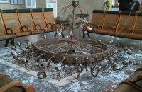 В зале ожидания херсонского вокзала упала люстра