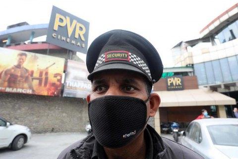 Україна зняла заборону на в'їзд з Індії