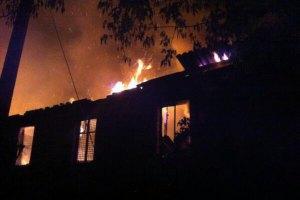 У Дніпропетровську за ніч згоріли 18 маршруток і нежитлова будівля
