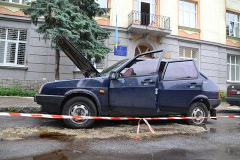 Біля відділення МВС у Львові стався вибух, поранено міліціонера