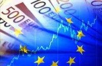 Євро на міжбанку знову перевищив позначку в 9,90 грн