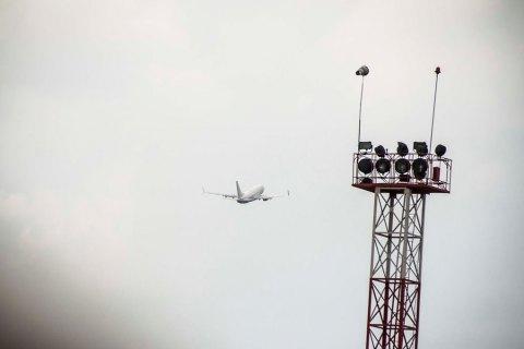 В аеропорту Одеси через сильний вітер вчасно не змогли сісти вісім літаків