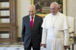Шимон Перес пригласил Папу Франциска в Израиль