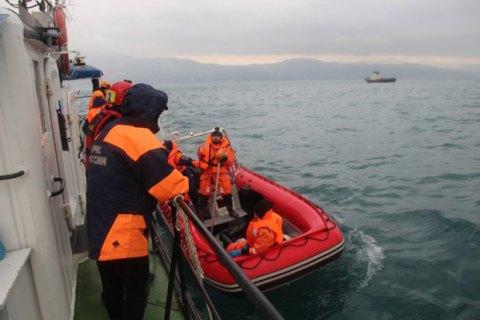 Кількох загиблих пасажирів російського Ту-154 знайдено в рятувальних жилетах