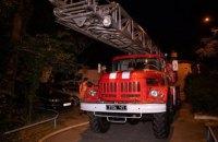 У Києві на Дарницькій площі згоріли чотири балкони житлової п'ятиповерхівки