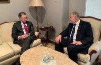 Єльченко і Волкер обговорили ситуацію на окупованих територіях і звільнення заручників Кремля