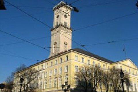 Львовские предприниматели требуют разрешить продажу алкоголя в киосках