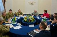 Муженко доповів Волкеру про ситуацію на Донбасі