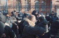 В Харькове активисты разгромили декорации к сериалу о советских военных следователях