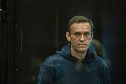 Навального вирішили госпіталізувати