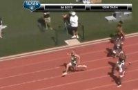 18-летний американский старшеклассник пробежал 100 метров за 9,98 секунды