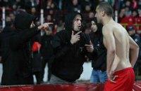 Ультрас болгарського ЦСКА роздягли гравців після поразки в дербі