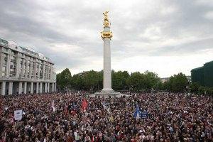 Спецназ попытался разогнать акцию оппозиции в Тбилиси