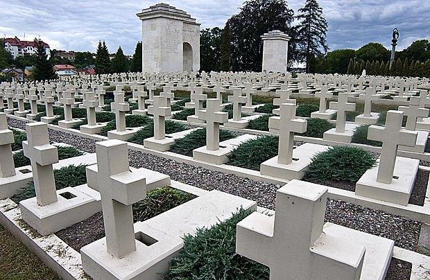 Мемориал Львовских орлят на Лычаковском кладбище, Львов