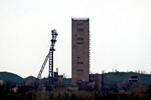 """На шахті """"Ювілейна"""" в Кривому Розі через задимлення евакуювали 310 гірників"""