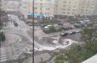 У Києві пройшла сильна злива з градом