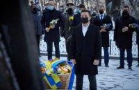 Зеленський: тепер і понад сто років тому під Крутами загроза для України однакова