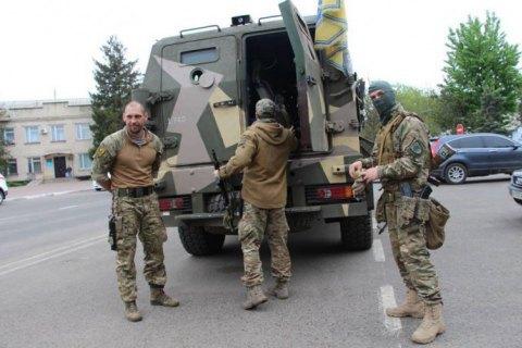 """В Одесу перекинули полк """"Азов"""""""