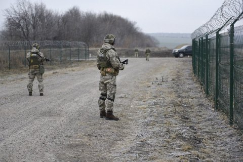 Яценюк поручал проверить использование средств на строительство границы еще в 2016, - документ