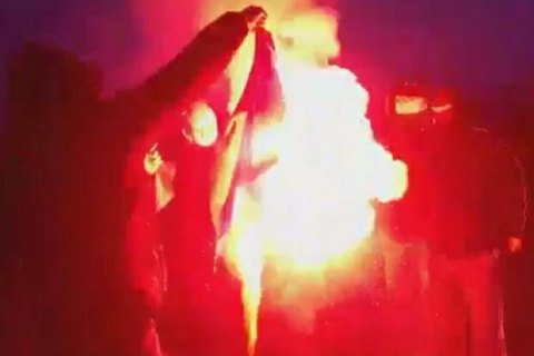 Лубківський вимагає жорсткої реакції на спалення українського прапора