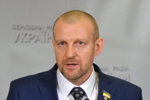 НФ пообещал добиваться зарплаты от 10 тыс. гривен для контрактников