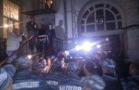 Милиция обещает наказать организаторов ночного штурма здания МВД из-за Маркова