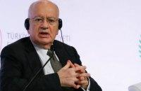 В Греции двое министров ушли в отставку из-за получения госпомощи