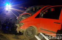 При столкновении двух автобусов на Буковине пострадали 7 взрослых и младенец