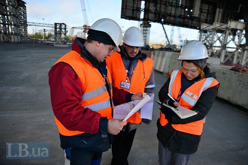 Сергей Кириченко и Антон Повар рассказывают о конструкции НБК. Его масса 29 тыс тонн