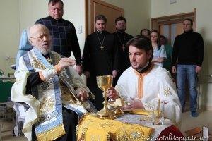 Стан здоров'я митрополита Володимира охарактеризували як стабільний