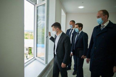 """Зеленський запропонував додати до """"Великого будівництва"""" гуртожитки для студентів"""