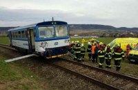 У Чехії зіткнулися пасажирський та вантажний потяги