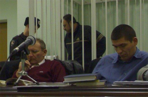 Під час суду. Сергій Демішкан за гратами