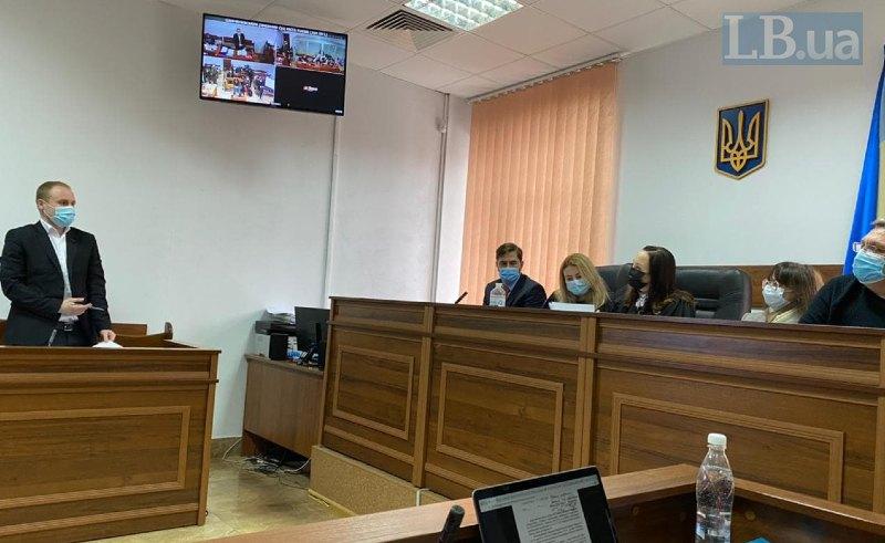 Прокурор Михайло Тішин і судді у справі Шеремета